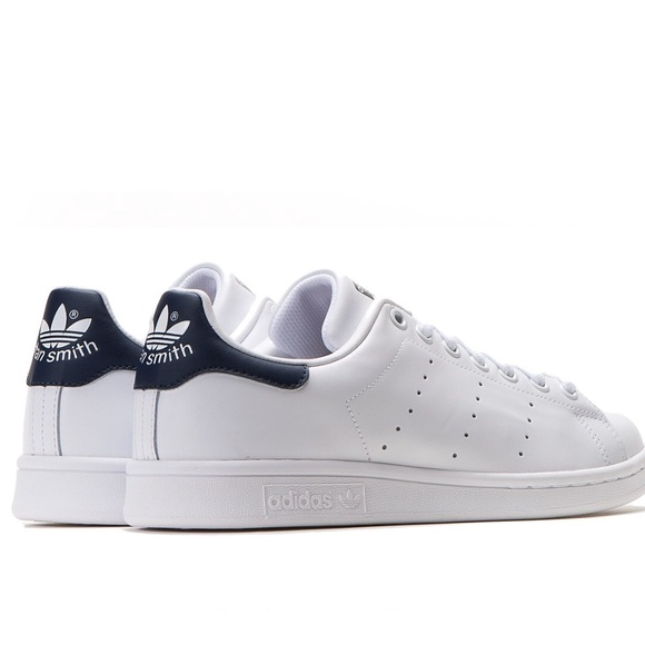 new product 78081 848f3 Navy blue adidas stan smith